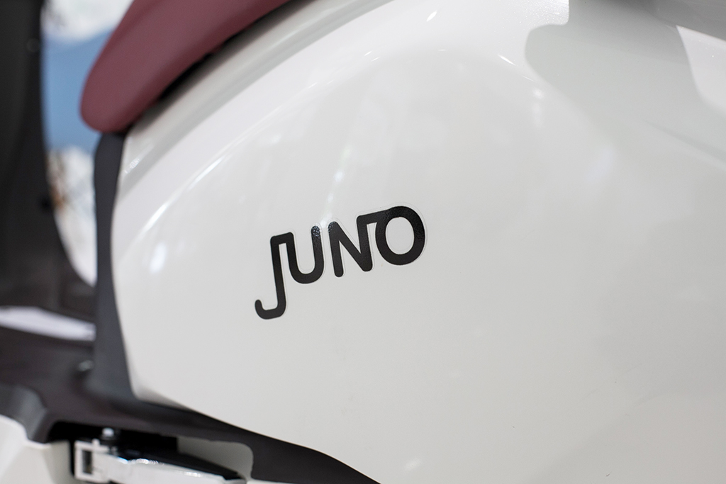 electric_motorcycle_juno_05